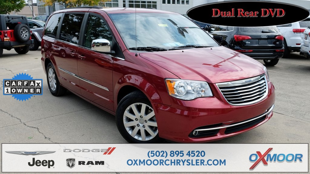 Pre Owned 2012 Chrysler Town U0026 Country Touring L